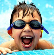¡Que estas vacaciones no te sorprenda el Oído de nadador!